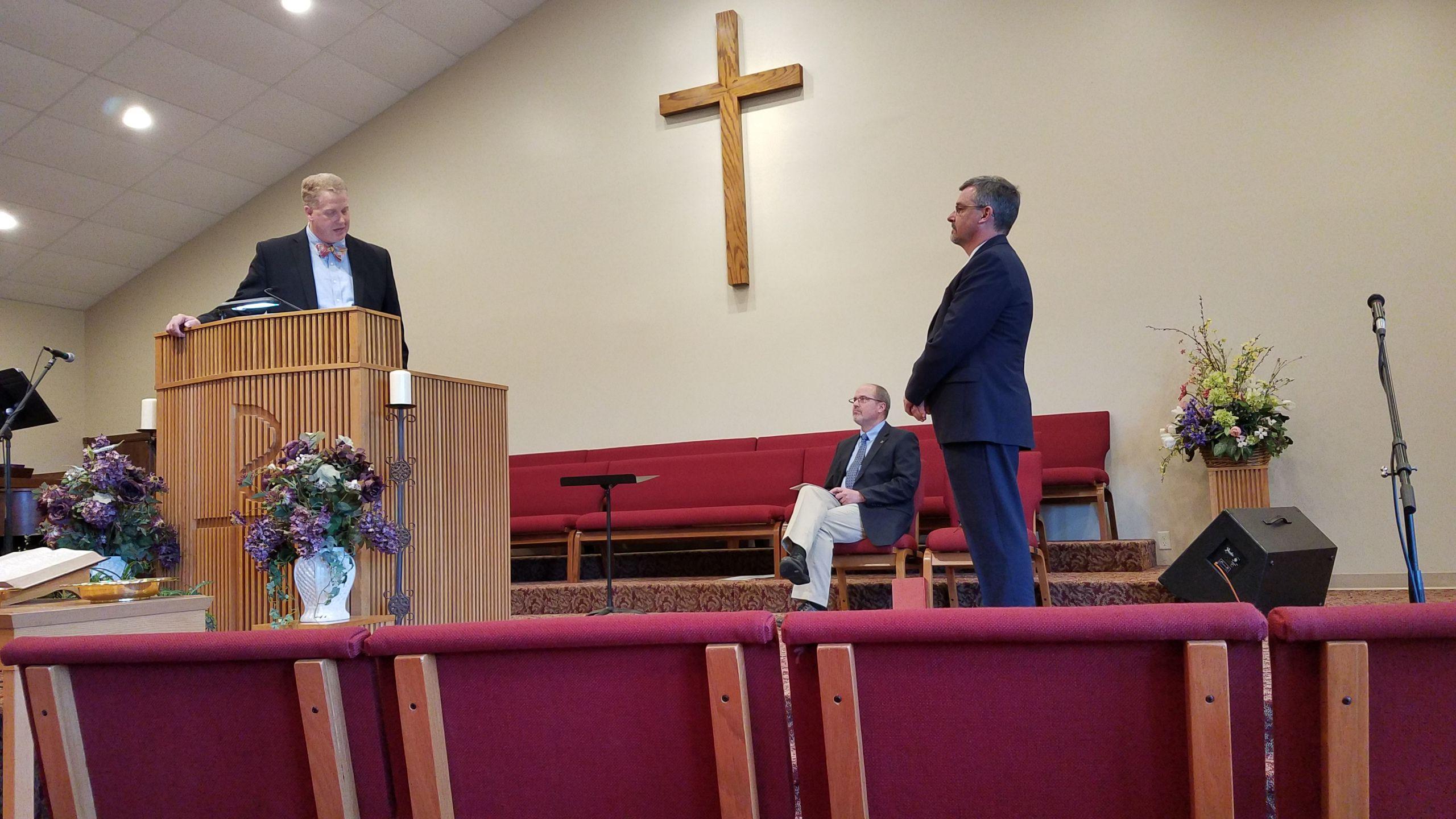 Rev John Dunning giving charge Reverend Tim